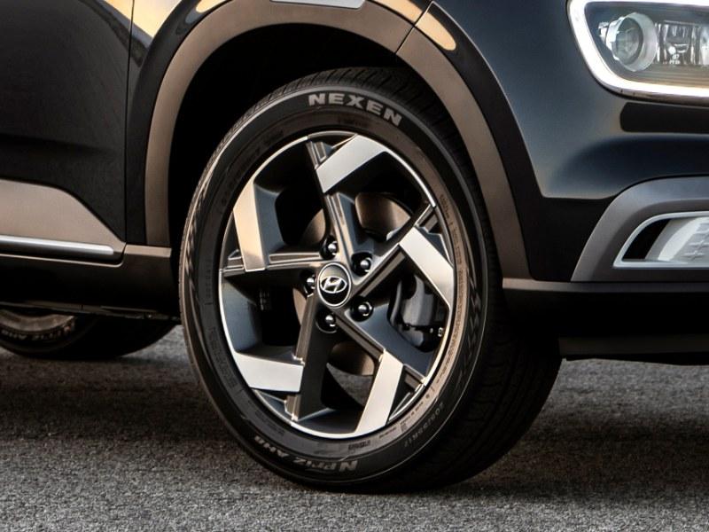 Hyundai Venue Brendan Foot Supersite